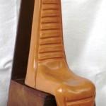 Il Dio denaro, 1994  h 62cm, terracotta,Pasquale Mastrogiacomo,Acerno(SA)