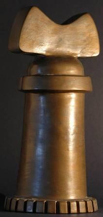 Abbraccio meccanico, 1997 terracotta patinata h.cm 37, Pasquale Mastrogiacomo.