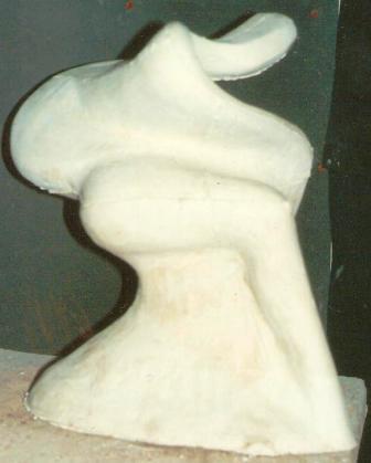 Metamorfosi, 1994 gesso h 49, Pasquale Mastrogiacomo, Acerno(SA).
