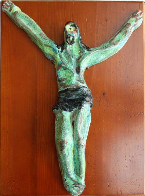 Crocifissione, 1997 ceramica artistica Pio Mastrogiacomo, Acerno (SA)
