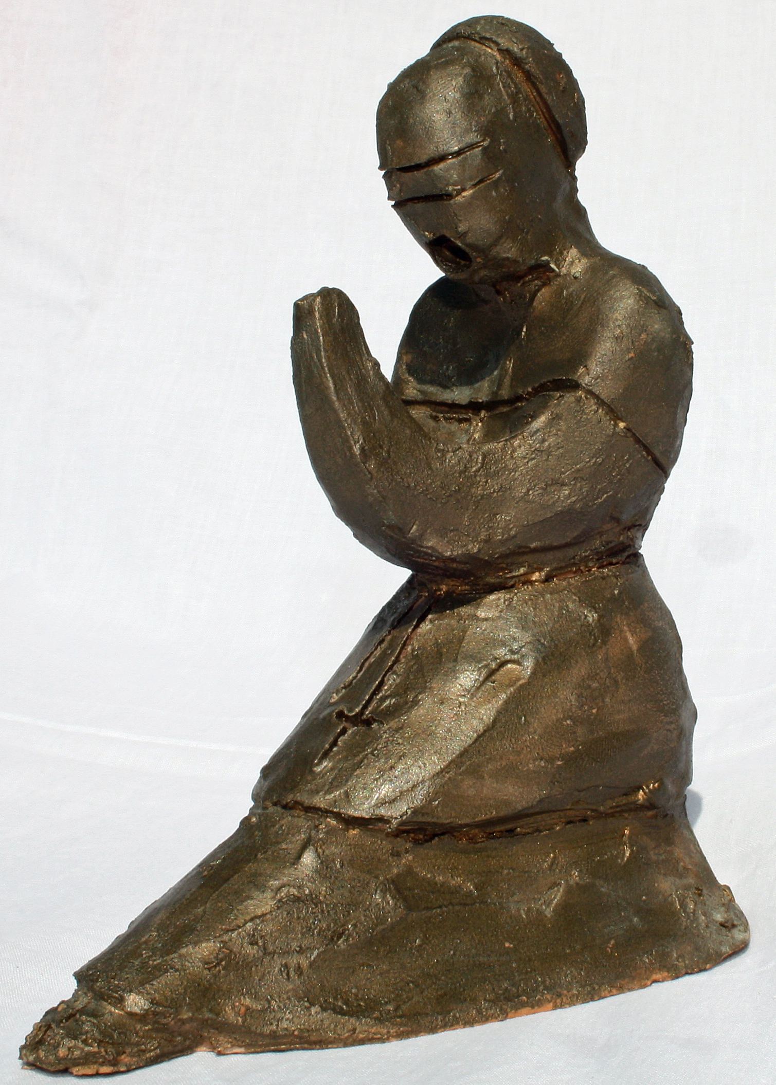 Vescovo in contempla-zione (Bishop in contemplation), 1997, bozzetto in terracotta patinata (Terracotta sketch coated), Pasquale Mastrogiacomo, Acerno (SA).